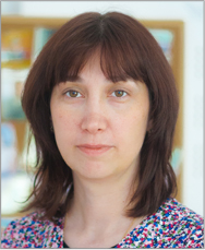 Dr. Alexandra Neagu